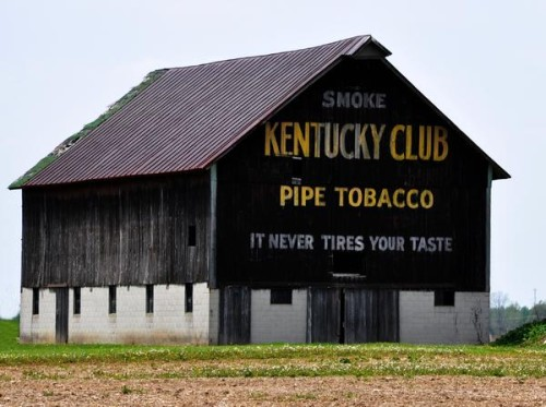 kentucky-club-pipe-tobacco-barn-robert-habermehl